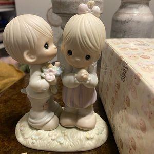 Precious Moments NWT porcelain figurine